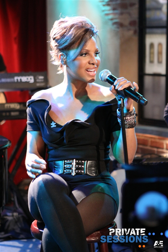 Toni Braxton's A&E's Private Sessions airs this Sunday 6/13 at 9AM ET!