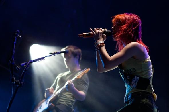 Josh e Hayley